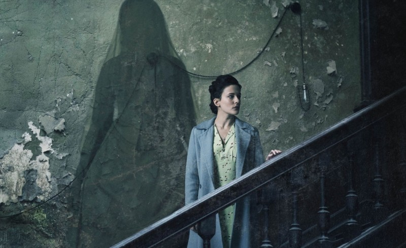 woman_in_black_angel_of_death_poster1